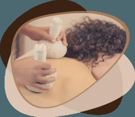 Tajska masaža s toplimi tajskimi zelišči Wellness Victoria Ikon